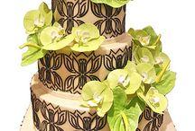 wedding cake / by Feicia Fu