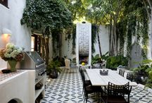 Outdoor Living / Be it lounging lazily in the sun or dining under the moon - how to make the most of outdoor living space.  / by Daisies & Pie