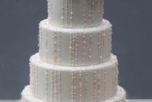 Wedding: Cakes / by Julie Miller