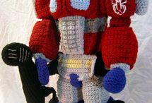 crochet geek / by Sophie Grenon