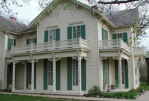 Beautiful Des Moines Homes / A look at some beautiful and historically significant homes in the Des Moines area! / by Treasured Spaces