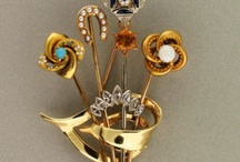 Estate and Vintage Pins / by Peter Suchy Jewelers