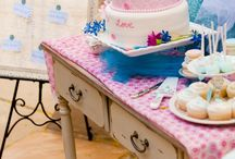 wedding table / by Gillian Mackenzie