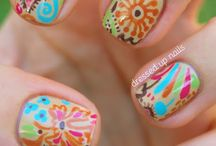 Pretty Nails / by Noele Lott