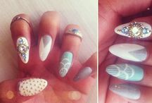 Nails / by alisson linares