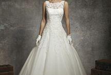 H & B wedding ideas!  / by Darlene Jones