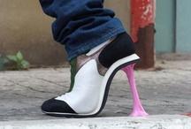 sapatos e malas / by gabriela barbosa