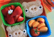 Food - Bentos, cute lunches / by Dianee Bananee