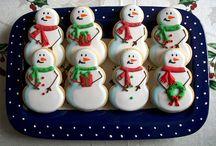 UMCGT Christmas Cookie Deco Ideas / by Amanda Hughes