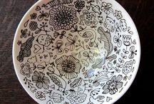 black and white ceramics / by Beth Barrington