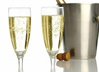 CHAMPAGNE / by Luxuriousdrinks.com