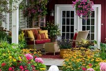 Outdoor Decor / by Laura Rutley-Picher
