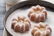 Food: Desserts / by Jessie @ MomVantage