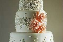 Wedding Cakes / Pins/Repins of Wedding Cakes that are just too gorgeous to eat! They don't look real! / by Janice Radical