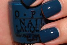 Pretty Nails / by Maria Jarosh