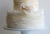 Beautiful Cakes / by Emilie Armentor