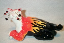 Amy Lacombe/Whimsiclay Cats / by Kat McClellan