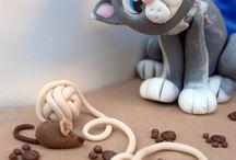 Cake Tutorials / by miranda ruijzendaal
