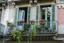 beautiful balconies / by Kristen Ayers