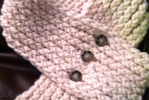 Knitting loom ideas / by Lois Wiseman