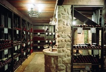 Wine Rooms and Bars / by Kelly Dougherty