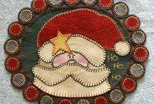 penny rugs I like / by Jan MacKay