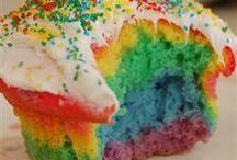 Luv Cupcakes / by Alina Dorantes