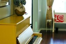 Playroom & Guestroom / by Rebekah Tennis