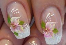 kool nail art / by Cheryl Schiro