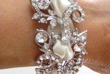 Jewelry Love / by Elizabeth Golob