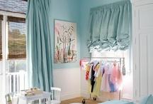 Sydney room / by Alicia Wilson
