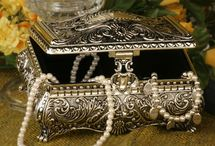Treasure Chest / by Sharon Marrero