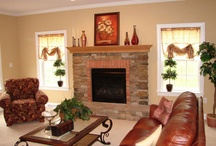 Living Rooms/Family Rooms / by Adrianna Curtis
