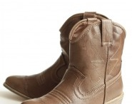 These Boots Are Made For Walkinn! / by Kristen O'Keefe