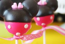 Cake Pops! / by Laura Stephens