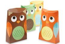 OWLS & BIRDS WOODLAND THEME BABY SHOWER / by Jana Stockton