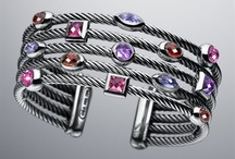Bling / Jewelry I Like / by Laurie Gold