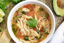 Yummie soups & salads / by Nicole Smit Marcinkiewicz