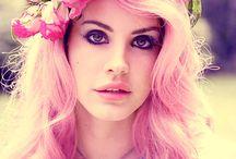 Colourfull hair / by Susanne Mackenzie