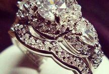 Beautiful Rings / by Linda Graves