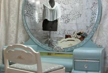 Madison's Waterfall Furniture / by Ivonne Reed