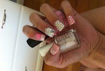 nails / by Sara Walls