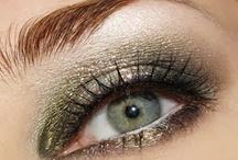 Makeup / by Dawn Fondren