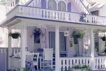 Home styles, doorways & windows.  / by Laura Vroman