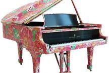 pianos / by Kim Hatch