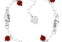 Charm Bracelets / by Charm Factory