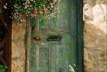 Doors / by Suzanne Sandy