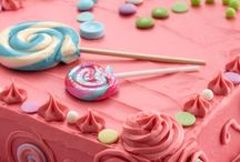 A Burst of Bubble Gum / Bubble gum's back, but in a creatively delicious new way. Bubble Gum frosting creations transports that one-of-a-kind flavor and color from your childhood to your baked goods.          / by Duncan Hines