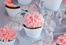Cupcakes / by Kristy Liercke