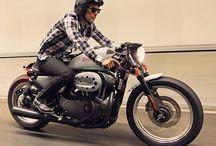 Motorcycles / by Matthew Whittington